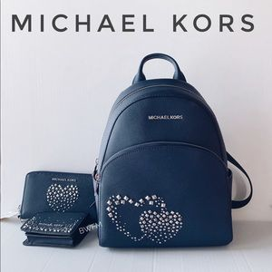 Michael Kors Heart Studed Leather Backpack 3pc set